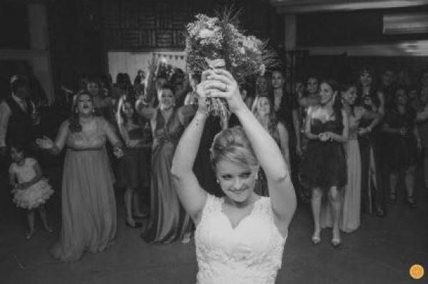 casamento-economico-rio-grande-do-sul-vestido-da-china-decoracao-amarelo (17)