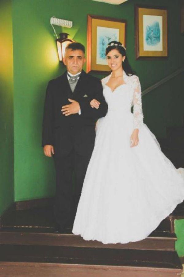 casamento-100-pessoas-mini-wedding-litoral-sao-paulo-azul-e-rosa-praiano-faca-voce-mesmo (25)