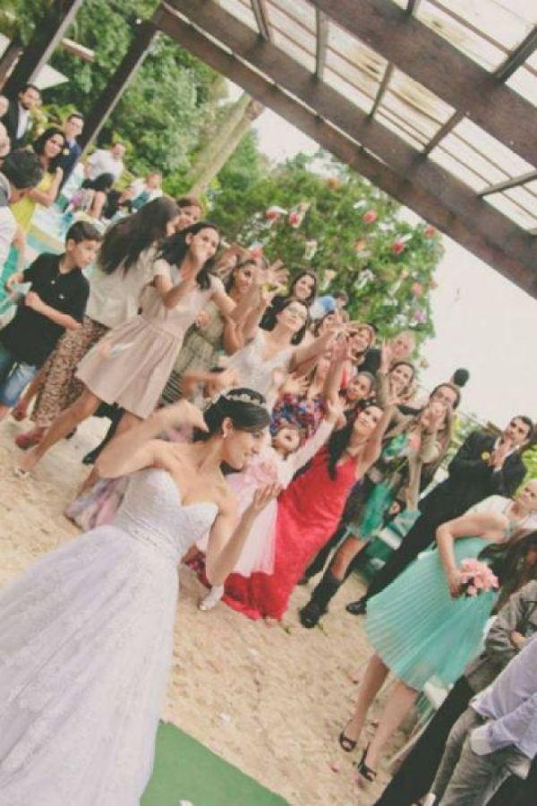 casamento-100-pessoas-mini-wedding-litoral-sao-paulo-azul-e-rosa-praiano-faca-voce-mesmo (36)