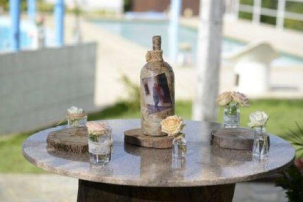 casamento-economico-rustico-vintage-retro-ao-ar-livre-Paraiba-varal-de-lampadas (5)