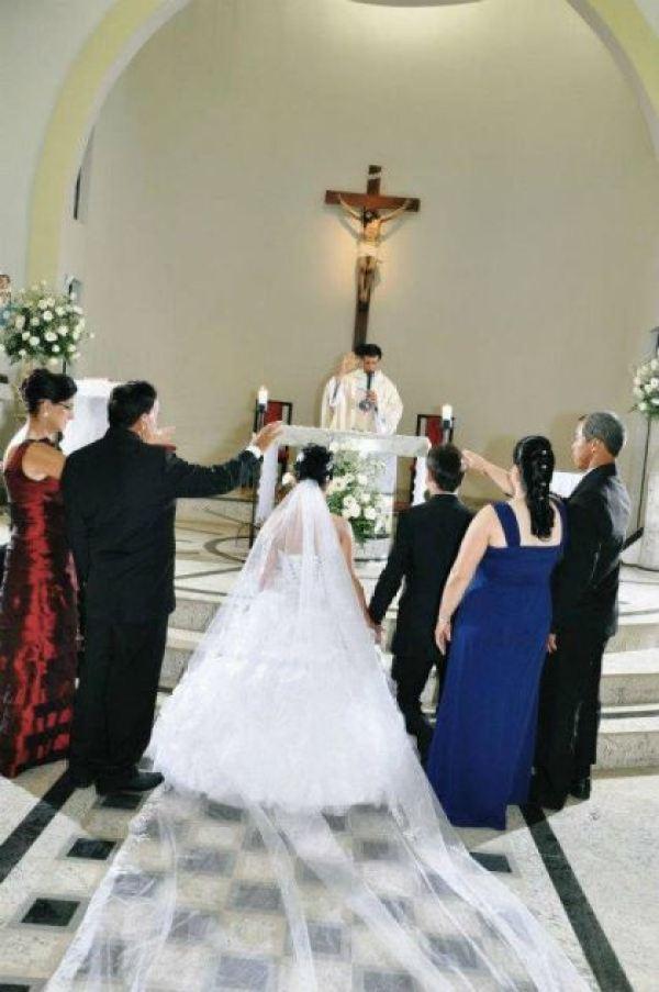 casamento-economico-espirito-santo-decoracao-rosa-e-branco-7500-reais (12)