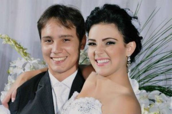 casamento-economico-espirito-santo-decoracao-rosa-e-branco-7500-reais (15)