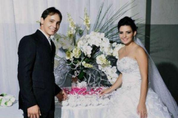 casamento-economico-espirito-santo-decoracao-rosa-e-branco-7500-reais (19)