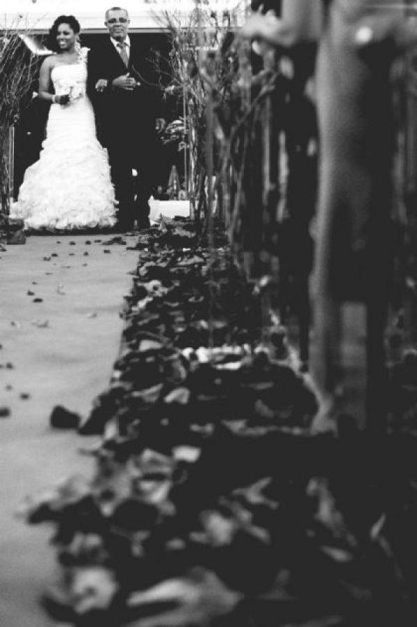 casamento-economico-interior-bahia-decoracao-sem-flores-azul-e-marrom (21)