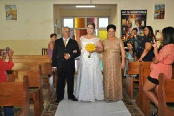 casamento-economico-parana-rustico-churrasco-vestido-da-china (35)
