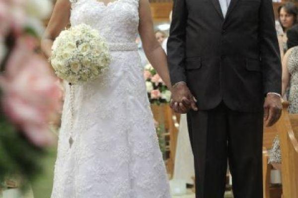 casamento-economico-interior-sao-paulo-decoracao-com-flores (13)