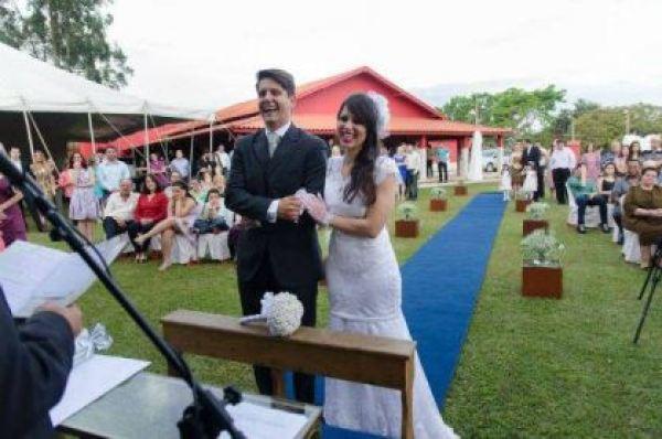 casamento-economico-minas-gerais-ao-ar-livre-divertido (26)