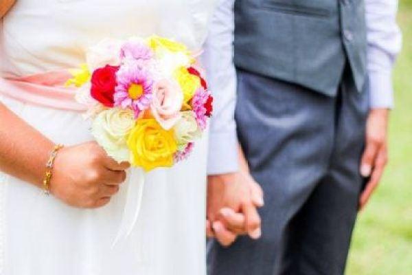 casamento-economico-mini-wedding-decoracao-com-flores-faca-voce-mesmo-rustico-romantico (16)