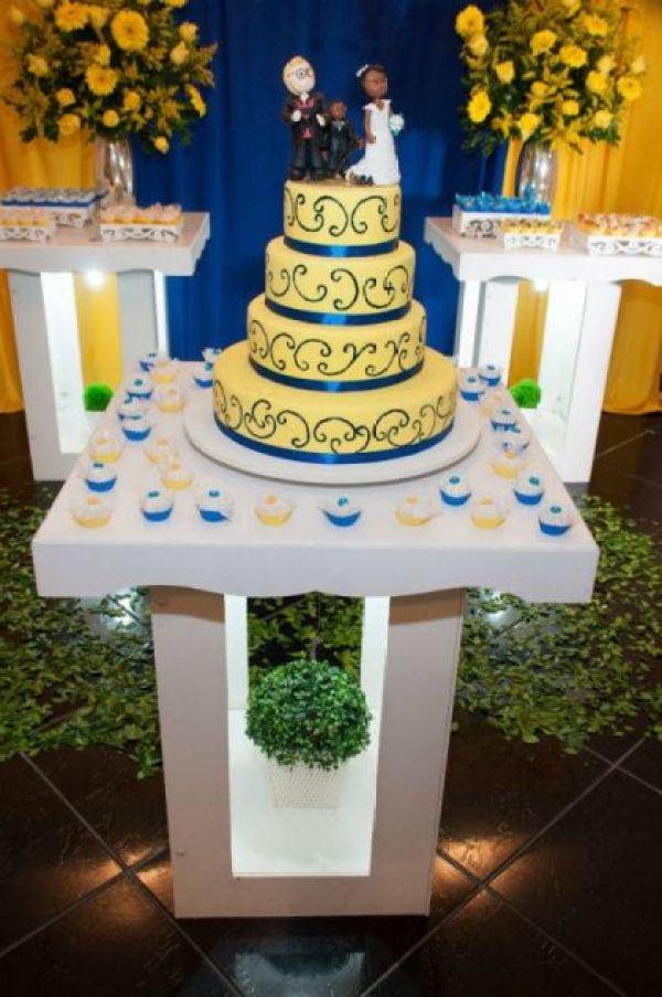 casamento-economico-sem-grana-rio-de-janeiro-decoracao-faca-voce-mesmo-azul-e-amarelo (22)