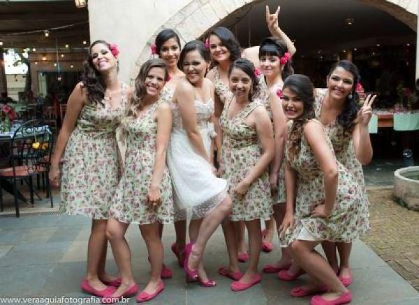 coracoes-coloridos-casamento-colorido-ar-livre-fernanda-e-rafael (15)