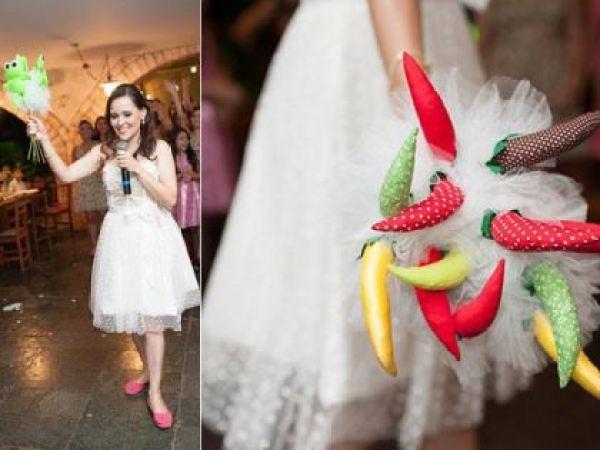 coracoes-coloridos-casamento-colorido-ar-livre-fernanda-e-rafael (30)