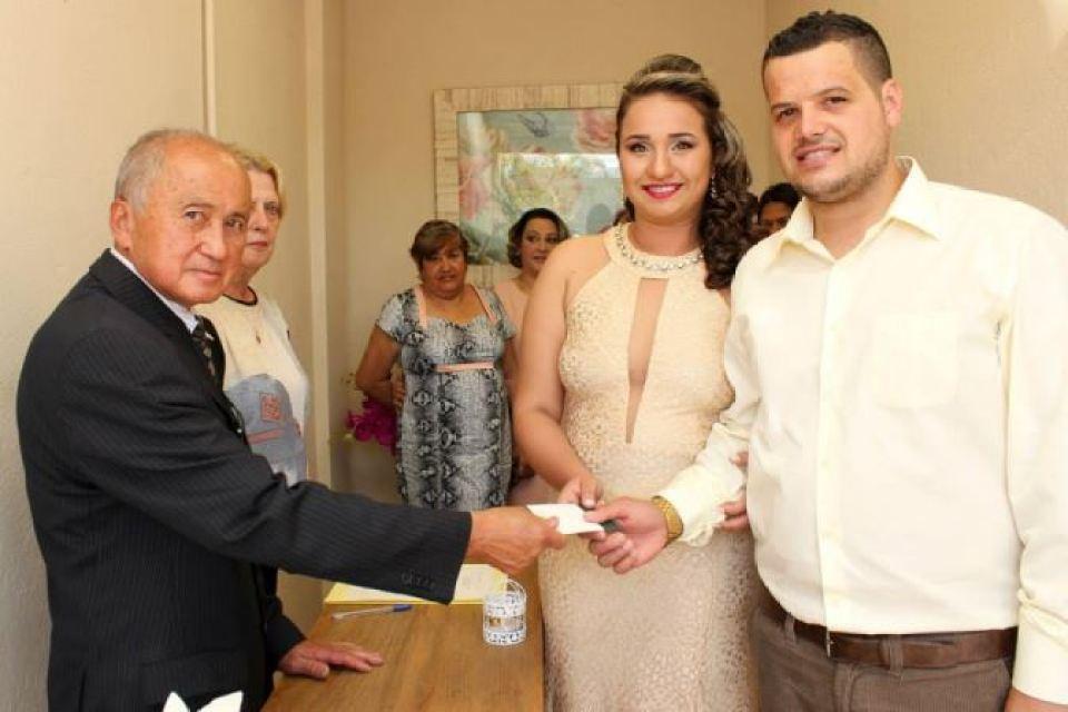 Casamento civil por adesão da Amanda e do Sandro