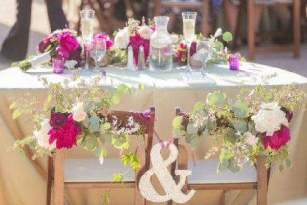 O que é sweetheart table ou mesa exclusiva dos noivos