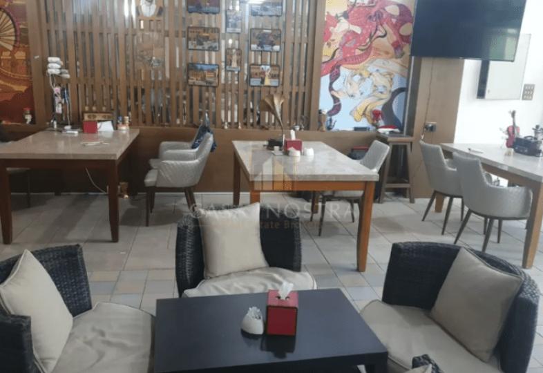 running-restaurant-with-shisha-marina-walk