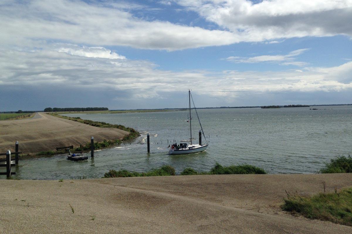 Hafenausfahrt Oude Tonge