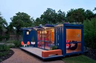 Casa contenedor pequeña azul