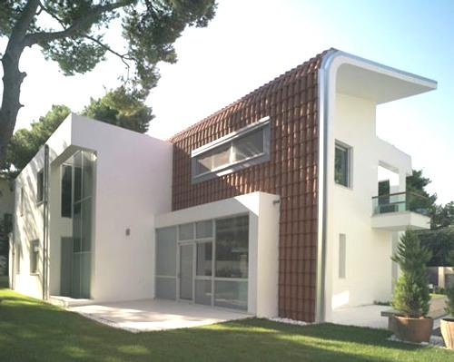 Casa de diseño moderno con original techo