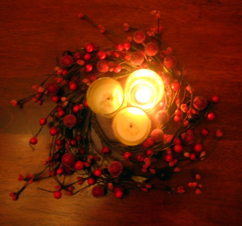 centro-mesa-navidad-vela-bayas