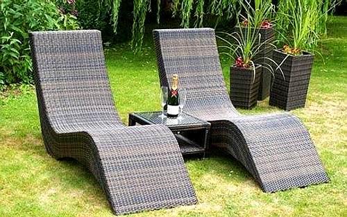 Limpieza de muebles de exterior de pl stico for Muebles plastico jardin