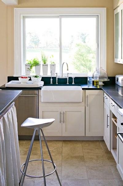 Decoraci n de cocinas peque as tips simples for Decoracion para cocinas muy pequenas