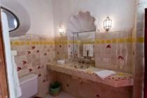 First guest bedroom 5 (bathroom)
