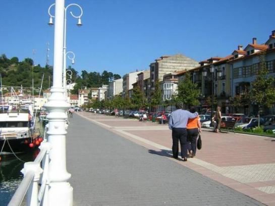Paseo del puerto de Ribadesella