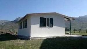 fotocasaprefabricadapaneles50m 300x168 - Casa prefabricada anclada