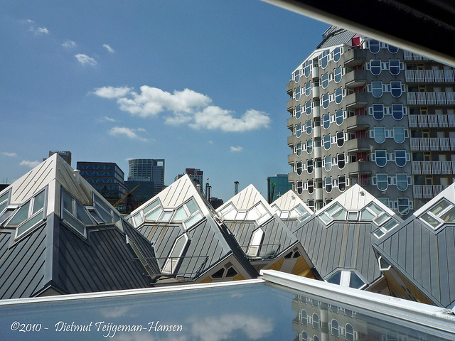 Cubic_Houses_8