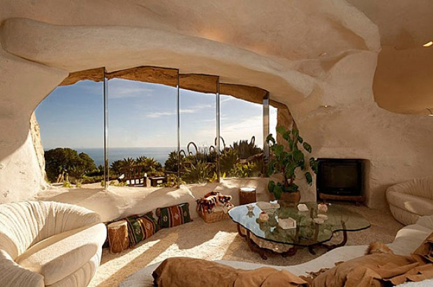 the-flintstones-house-08