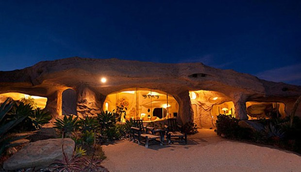 the-flintstones-house-15