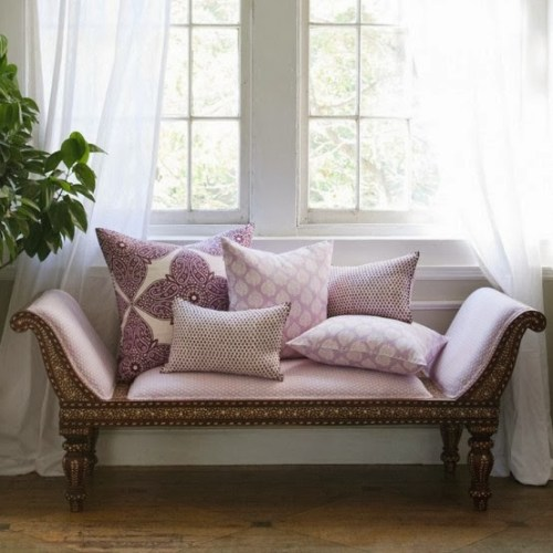 delicate-home-decor-ideas-with-lavender-11-554x554