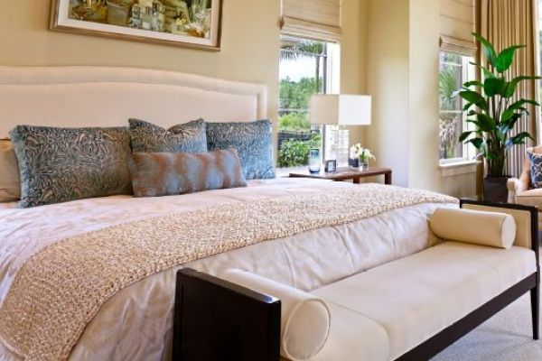 Feng-Shui-bedroom-white-throw