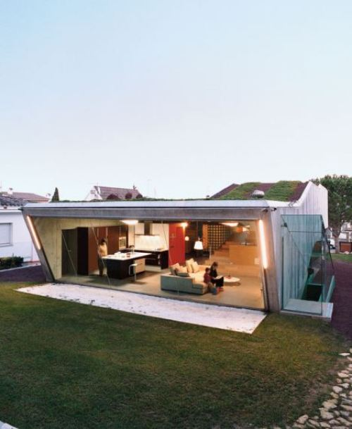 villa-bio-house-backyard