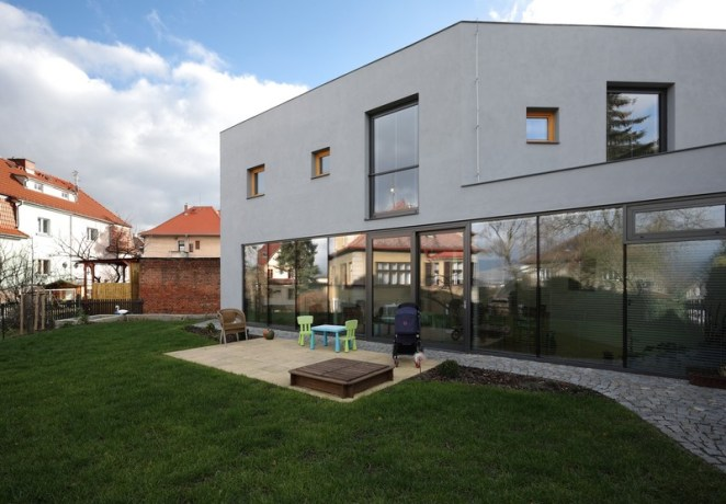House-Teplice-by-3-1architekti-02