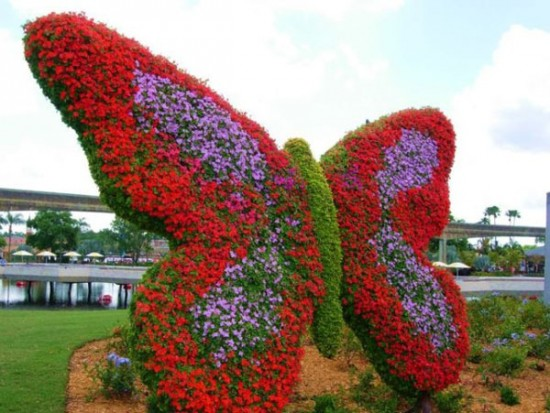 disney-characters-made-of-flowers-photos-05-550x413