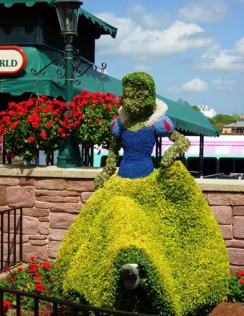 disney-characters-made-of-flowers-photos-11-347x449
