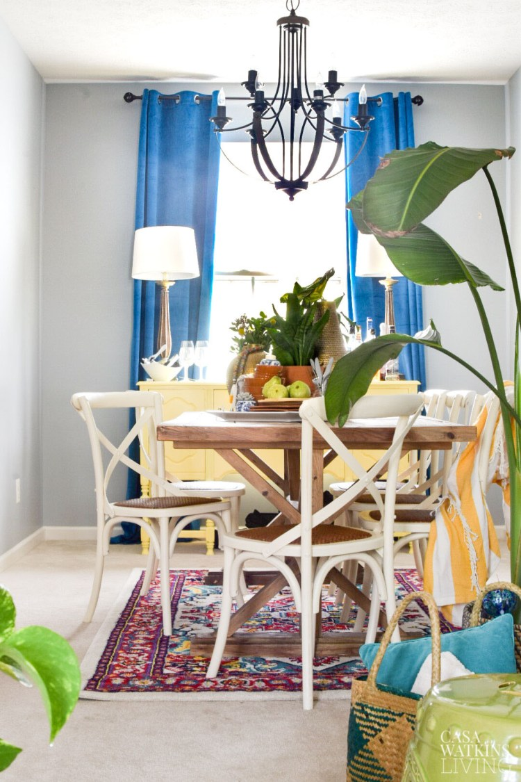 tropical style bohemian dining room with eclectic style