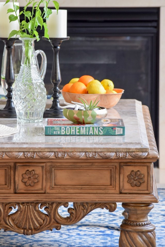 Simple table decor for summer