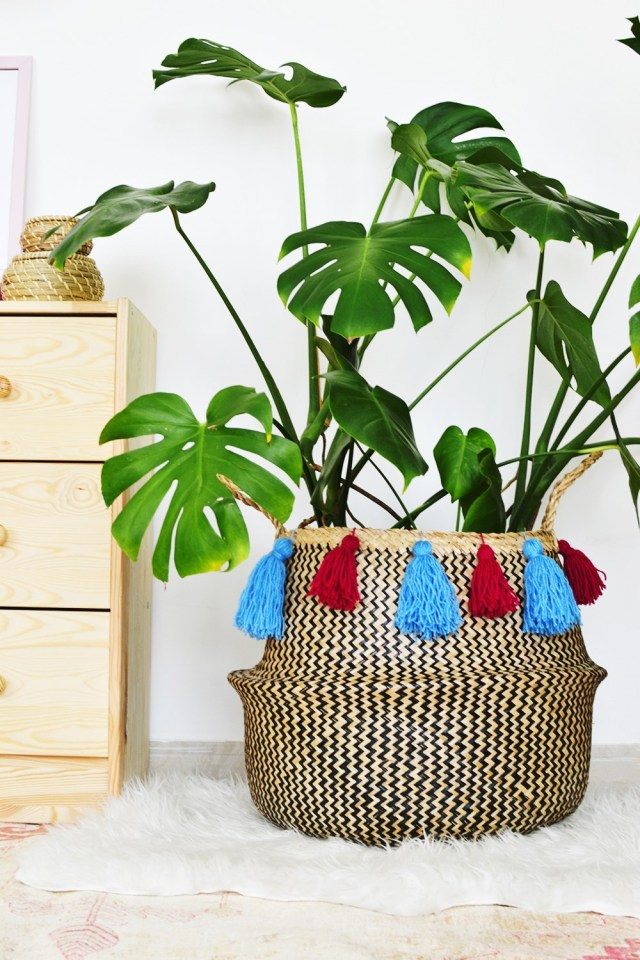 DIY-Tasseled-Sea-Grass-Basket-by Enthralling Gumption