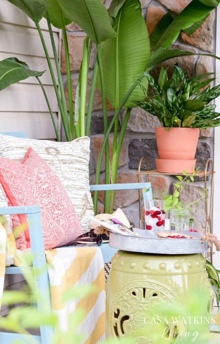 Using plants for outdoor spaces