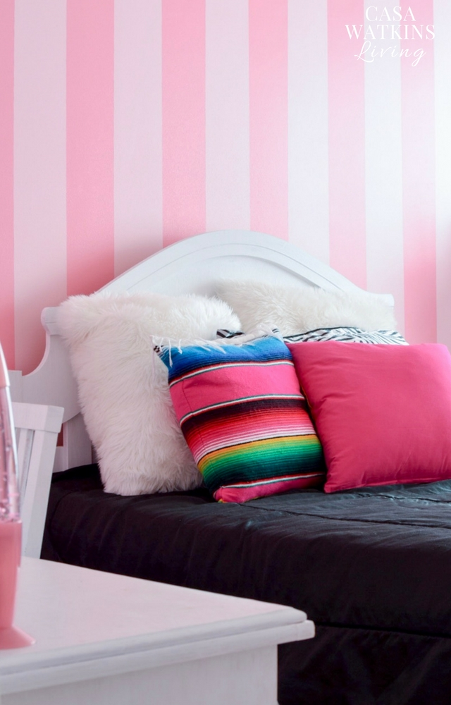 Pink striped teenager room wall painting idea