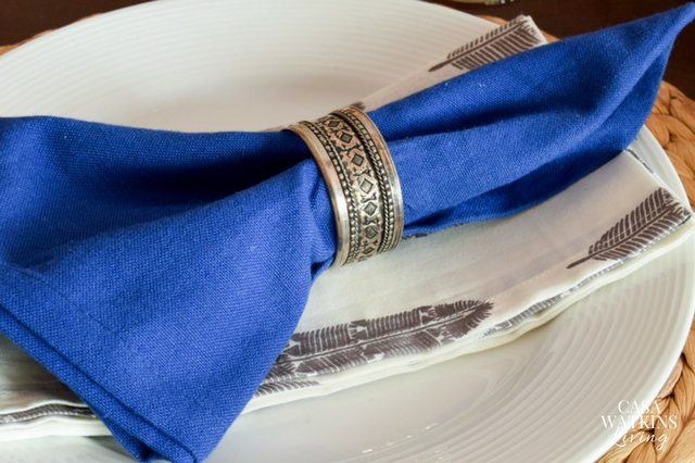 add more color to a table using two napkins for each place setting