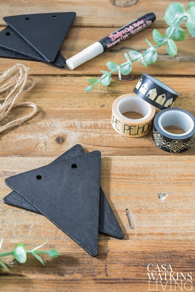 DIY chalkboard gift tags that double as ornaments!