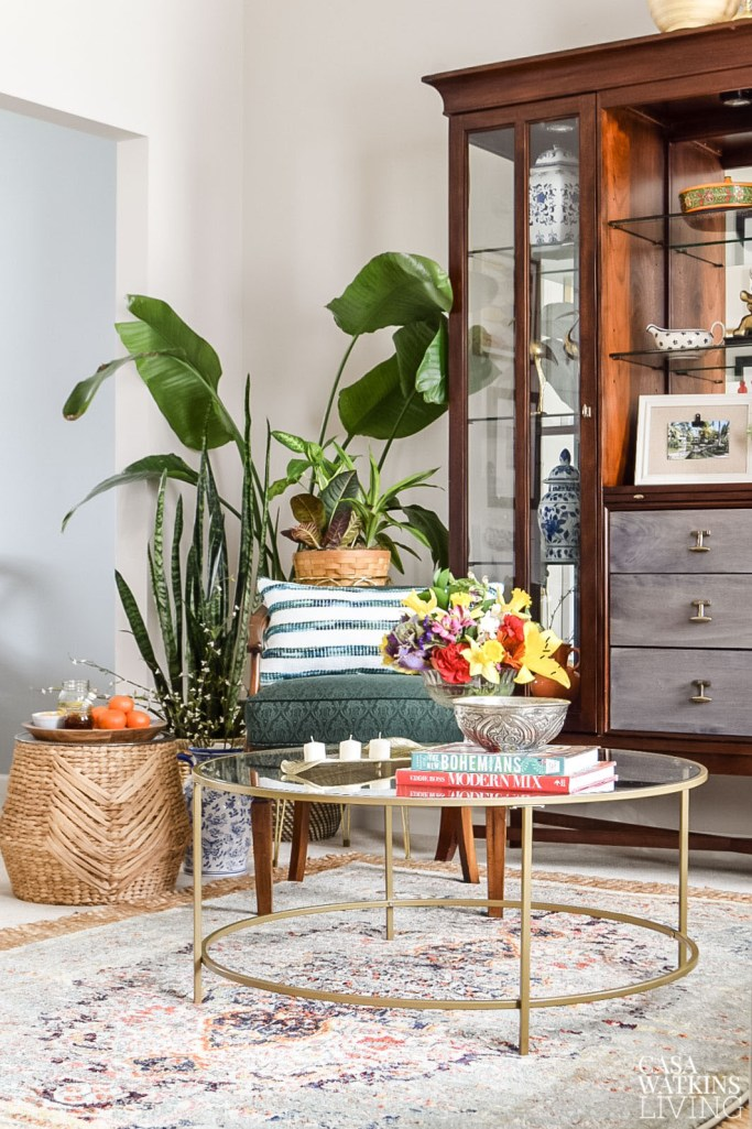 global style coffee table decorating