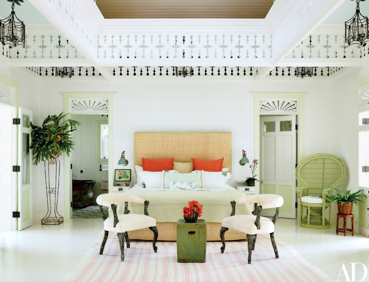 Island style Caribbean style bedroom