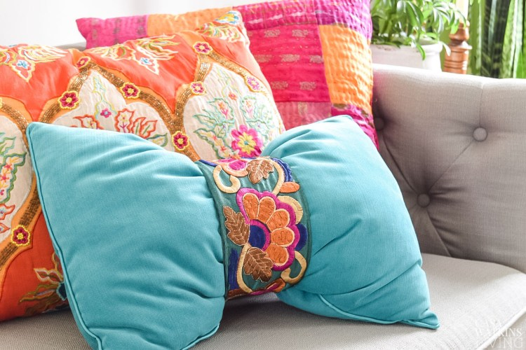 Cute Throw Pillows Pinterest : Cute Throw Pillows That You Can DIY or Buy! Designertrapped.com