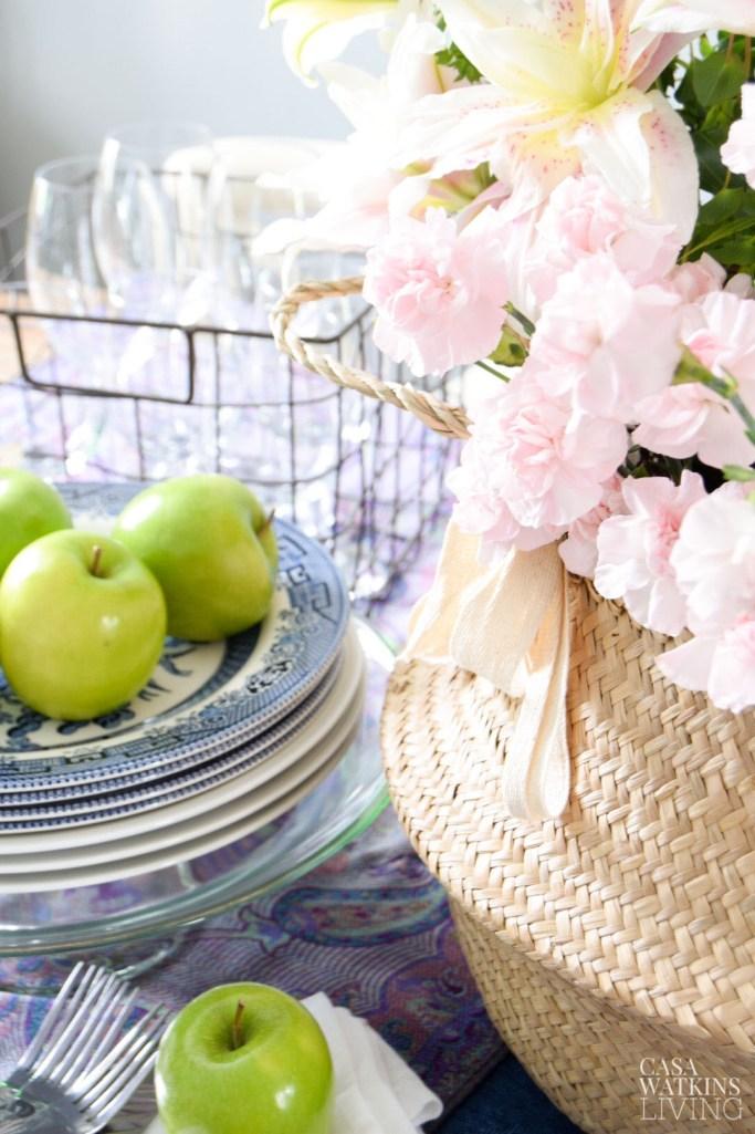 beautiful boho chic tablescape and fall decor