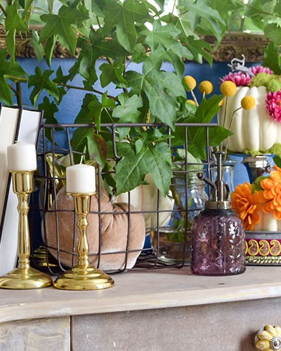 Fall Entryway Decorating With Pumpkins