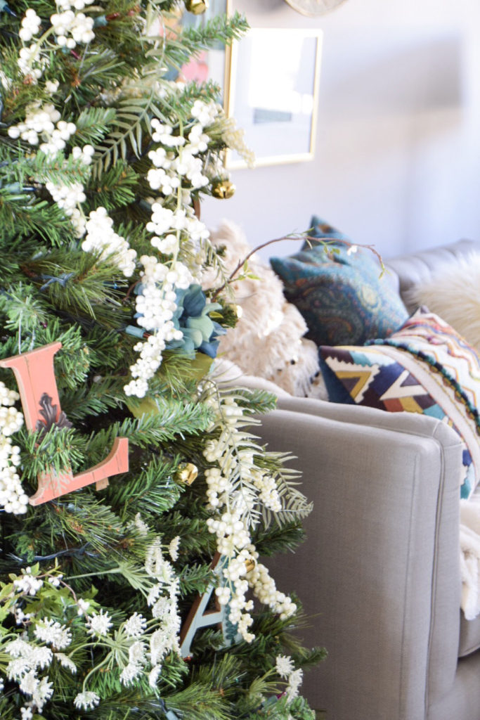 boho christmas room tour and decor ideas - Boho Christmas Decor