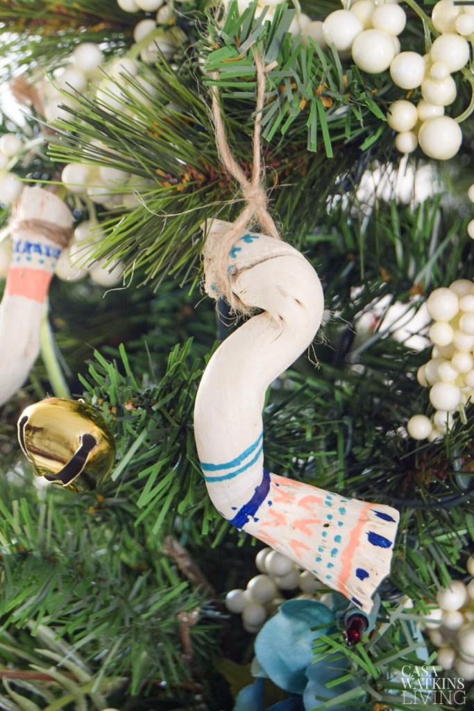 diy tribal driftwood ornaments